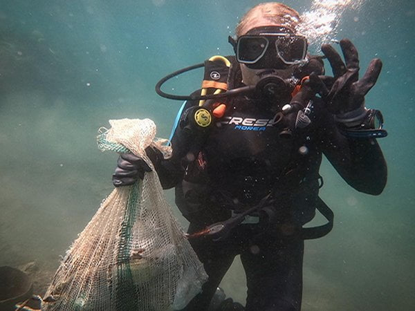 Dive Against Debris Specialty Course